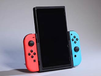 神奇配件让你竖屏体验Switch游戏!