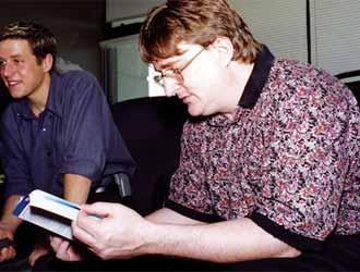 《半条命》20周年纪录片 那时G胖还很年轻