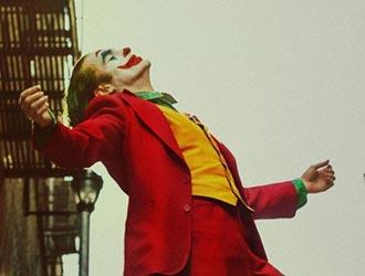 《小丑》票房破10亿!DC电影全球票房第四