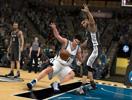 《NBA 2K13》变向过人