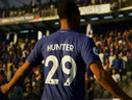 《FIFA18》vs 《实况足球2018》球员技巧动作对比视频
