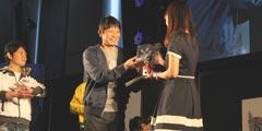 《怪物猎人》东京大会现场 现实夫妻开启雌雄之争!