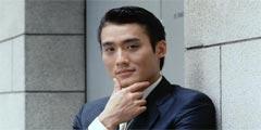 梁家辉最经典的十个角色 艳丽女装比小四还娘里娘气!