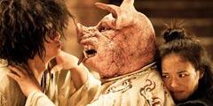 亲猪头算啥还有人喝尿跳粪坑!11部经典恶心电影情节