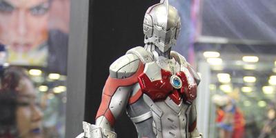 SHCC现场雕塑欣赏 钢铁侠和奥特曼的儿子亮相展会