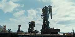 《环太平洋2》制作特辑曝光 机甲战士互怼 女主亮相