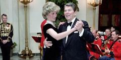 里根总统与戴安娜王妃共舞 盘点那些有意思的老照片