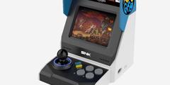 SNK打造NeoGeo街机曝光:3.5英寸屏幕还能玩拳皇