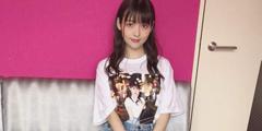 日本美女声优上坂堇最新美照 超短牛仔裙大秀美腿!