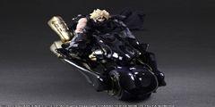 《最终幻想7:圣子降临》克劳德手办:搭坐骑帅到尖叫
