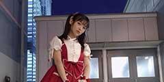 日本美女声优上坂堇晒新美照 一身红lo裙娇俏可人!