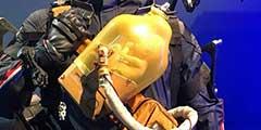TGS2018:《死亡搁浅》婴儿容器实体版 做工精致!