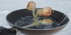 在零下七十度环境下如何生活?食物都变成了艺术品!
