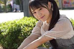 日本肉感少女ぷにたん福利写真 欧派太大包不住了