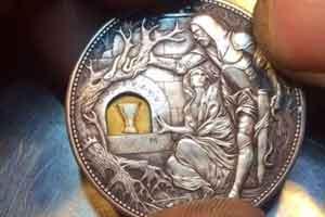 50美分硬币卖5000美元?大神雕刻作品还暗藏机关!
