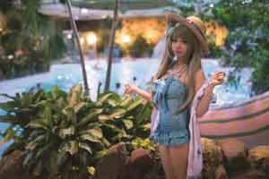 韩国美少女cos《LoveLive!》南小鸟 泳装造型很有料