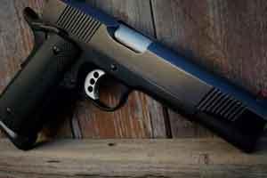 M1911半自动手枪了解一下 美国人为何为之疯狂?