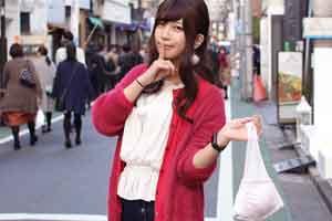 日本人把胸罩做成了包?紧急情况下拉链一拉就能穿!