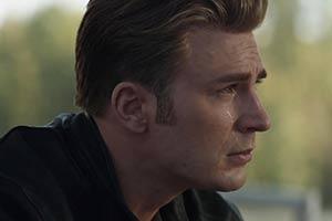 《复仇者联盟4》曝光海量高清剧照 美队流泪惹人怜惜