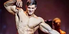 意大利数学老师身材肌肉令人望尘莫及 行走的荷尔蒙
