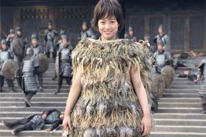 桥本环奈主演漫改电影《王者天下》片场照曝光!