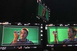 小罗伯特唐尼发布《复仇者联盟4》打响指幕后照!