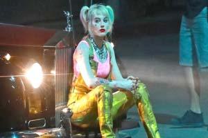 超拼!小丑女补拍《猛禽小队》车顶耍杂技不用替身