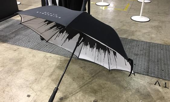 PS4独占《死亡搁浅》跨平台联动雨伞现场试用体验