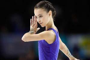 1秒换装惊艳众人!15岁的俄罗斯天才花滑少女安娜