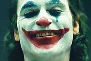小丑票房破10亿美元 10亿俱乐部电影中制作成本最低