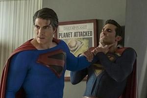 《无限地球危机》曝预告、剧照 三代超人史诗级同框