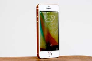 """iPhoneSE2或命名""""iPhone9""""!外形与iPhone8相似"""