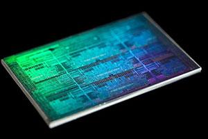Intel CEO司睿博:2021年Q4到来7nm处理器堪比5nm