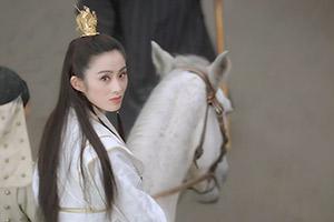 王晶宣布拍摄新《倚天屠龙记》 张无忌要去找赵敏了