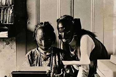 1928年美国拔牙的痛苦程度简直难以想象!罕见的老照片