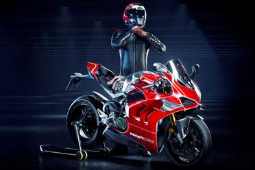 摩托车竞速摹拟游戏《RiMS Racing》游侠专题站上线