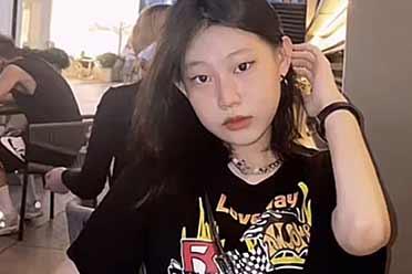小沈阳女儿罕优游平台出面!曾被冷笑太丑 此刻演变优游平台美奼女