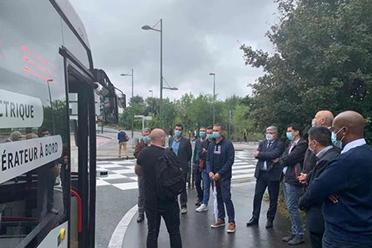 优游平台国企业建造主动驾驶客车在法国开启路况树模运转