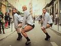 那些比女人跳舞还妩媚的男人们
