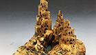 地震后平地起城堡 意大利艺术家木雕让你大吃一惊