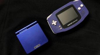 无数人经典回忆 任天堂彩屏新一代掌机GBA终于面世