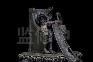 《黑暗之魂3》官方推出巨人尤姆雕像 王者风范尽显
