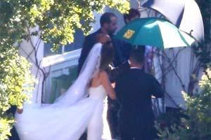 """""""星爵""""与施瓦辛格女儿正式完婚!新娘绝美现身!"""