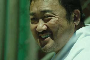 今年最爽的韩国片,黑帮大佬和警察一起抓变态杀手