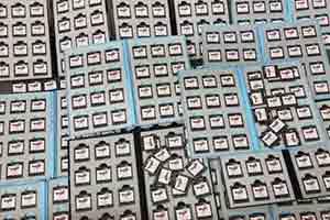 日本大神购买400份《DQ9》卡带 巅峰时20台DS同玩