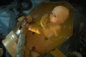 小岛秀夫携《死亡搁浅》婴儿舱赴美 海关人员惊呆了!
