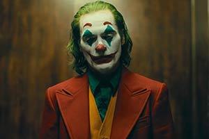 《小丑》外媒采访导演和主演 灵感源于《笑面人》