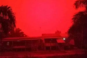 宛如世界末日!印尼空气污染严重 天空变为血红色!