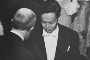 为什么说杨振宁是世界顶级科学家?他究竟伟大在哪里?