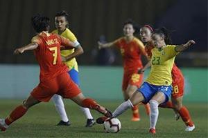 时隔23年!中国女足再次击败巴西夺冠卫冕四国赛冠军